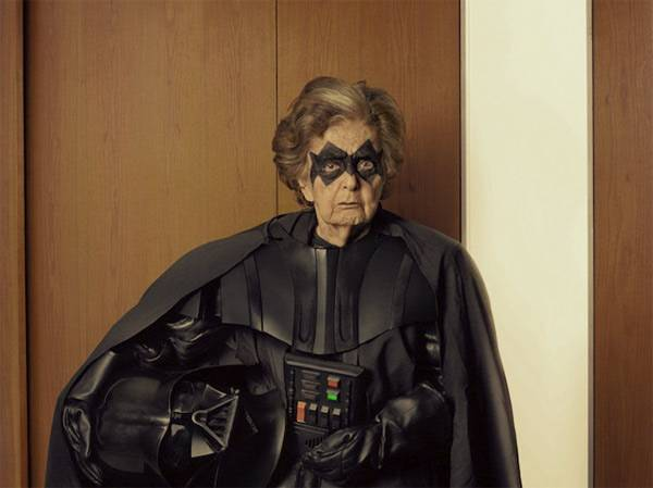 b2ap3_thumbnail_Star-Wars-Grandparent-Cosplay-Photography-12.jpg