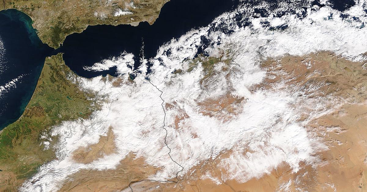 desert_snow_fb.jpg