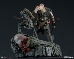 god-of-war-statue-sony-903332-02-42-1514638778.jpg