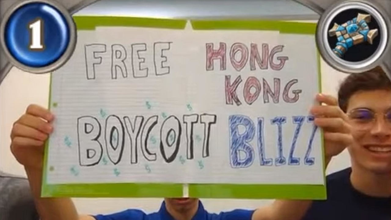 blizzard-bans-collegiate-hearthstone-players-for-six-months-over-protest-sign-gameworld.jpg