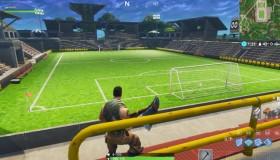 Μεγάλο γήπεδο ποδοσφαίρου στο Fortnite v4.4.1