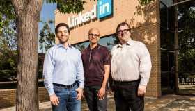 H Microsoft εξαγοράζει το LinkedIn