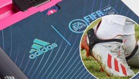 Μικροτσίπ στα παπούτσια αναβαθμίζει την ομάδα σας στο FIFA Ultimate Team Mobile καθώς παίζετε ποδόσφαιρο