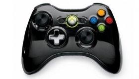 Xbox 360: Μαύρα και μωβ controllers