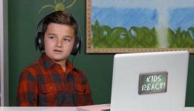 10χρονος YouTuber δέχεται bullying για τα σχόλιά του για Minecraft και Keanu Reeves