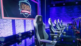League of Legends eSports Simulator