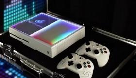 Custom Xbox One S με φωτισμό από την Microsoft