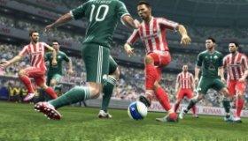 Pro Evolution Soccer 2013 video review