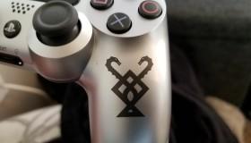 Εθεάθη χειριστήριο PS4 με το σύμβολο του God of War