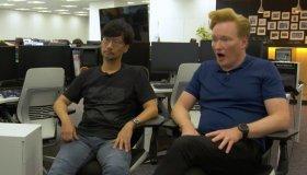 O Conan O'Brian επισκέφτηκε τα γραφεία της Kojima Productions.