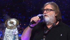 "Gabe Newell: ""Είμαστε πιο κοντά στο Matrix απ' ότι φαντάζεστε"""